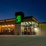 Bennigans Sign